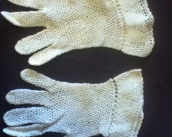 Vintage Crochet Lace Gloves  in Ivory