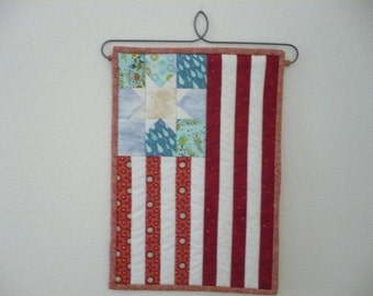 Mini Americana Flag Quilt
