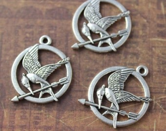 10 Mockingjay Charms Mockingjay Pendants Antiqued Silver Tone 25mm