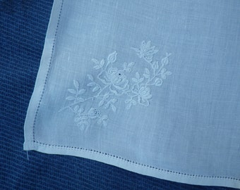 Large vintage ladies handkerchief (#5)