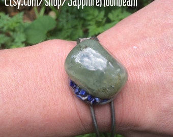 Prehnite Green & Black stone bracelet with blue Lapis Lazuli metaphysical magick new age handmade jewelry gypsy pagan hippie boho bohemian