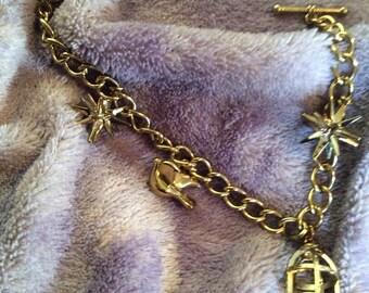 Gold tone bracelet 7 in