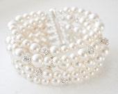 Bridal Bracelet, Wedding Cuff Bracelet, Chunky Pearl Bridal Bracelet, Bridal Jewelry