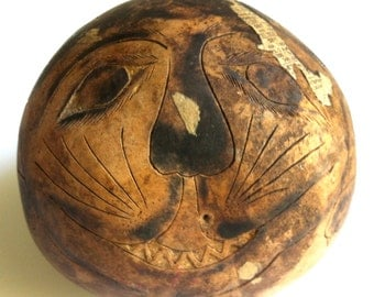 Antique FolkArt Pyrographic Gourd Shaker. Circa 1940s. Incised, Inked and Painted by Hand. Primitive Cheshire Cat Design.