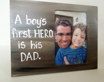 Dad picture frame. Hand painted photo frame and made to order, any colors and any wording. Gift for Dad. Handmade Custom picture frame.