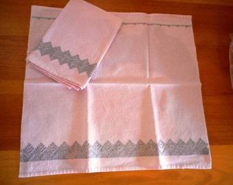 1950s Vintage Pink Hemp/Linen Napkin Set