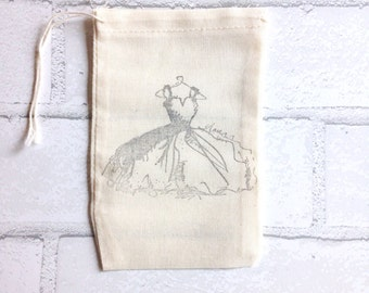 Wedding Dress Favor Bag | Fashion Illustration Bachelorette Party Muslin Bag | Gift Bag Stamped Bride Bridesmaid Bridal Party