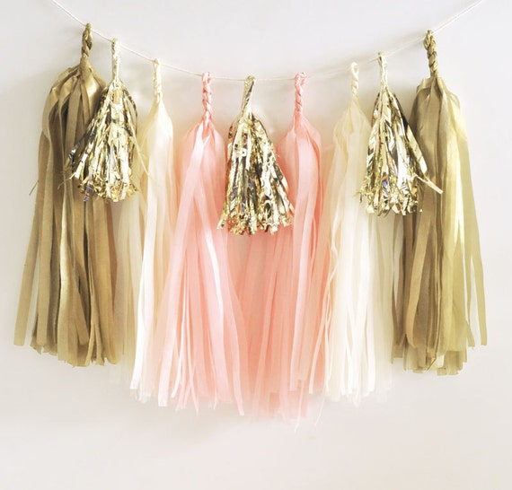 Pretty tassel garland