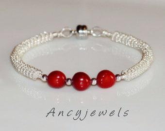 "Coral ""Easy to wear"" bracelet"