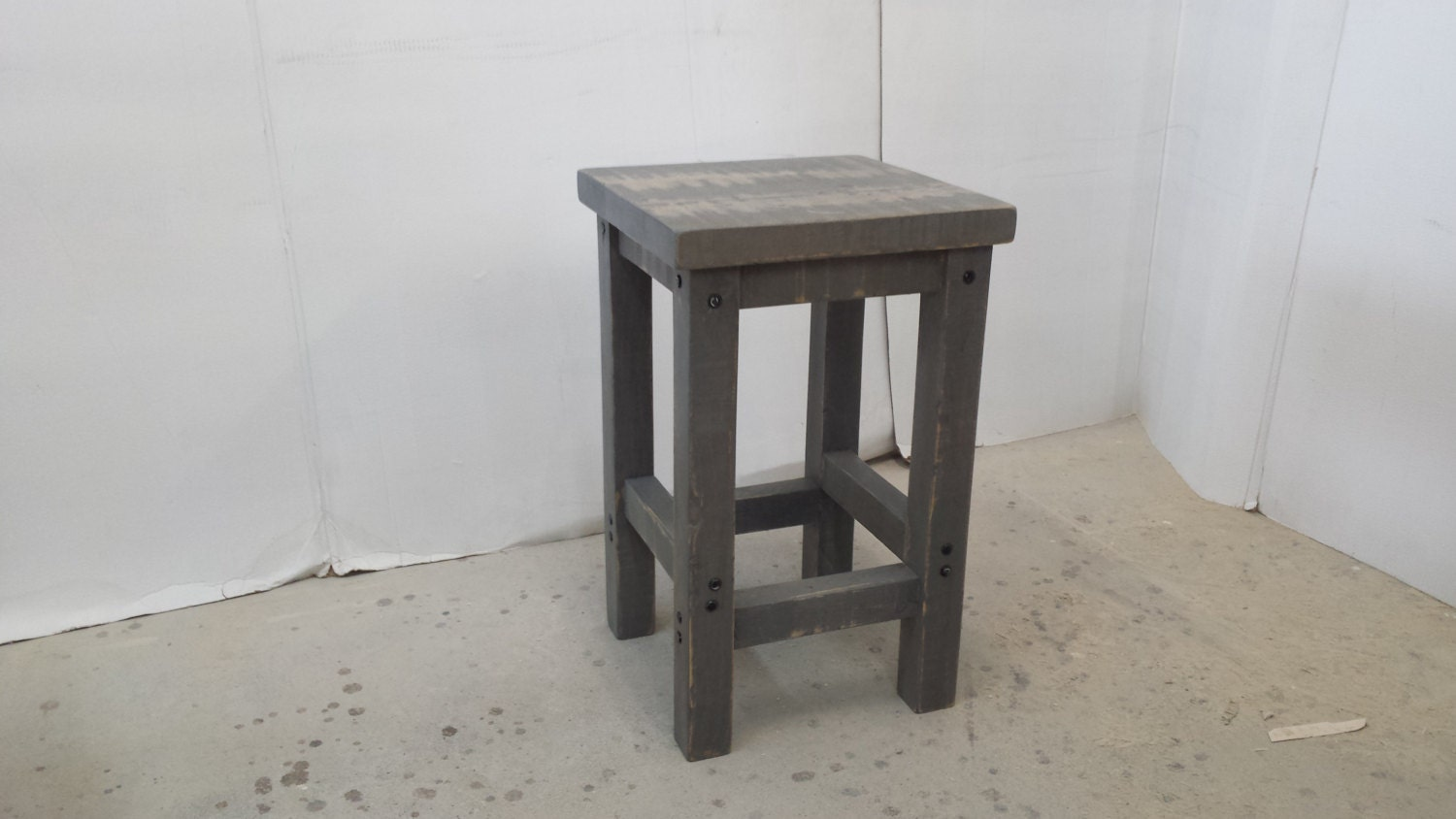Rustic wood stool bar stools kitchen island stool for Bar stools for kitchen island
