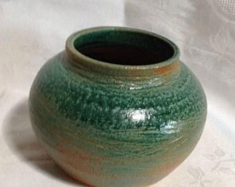 Green Ceramic Cache Pot