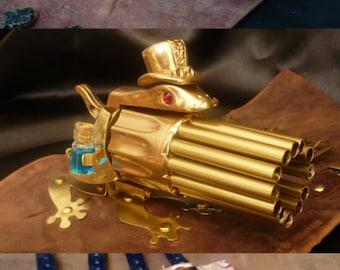 "Steampunk ""Little Froggy"" wrist Gatling gun"