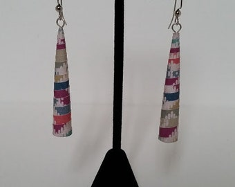 Paper earrings: rolled paper cones