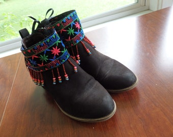 boot cuff, beaded boot cuff, beaded fringe cuffs,Beaded ankle cuffs, Aztec Boot cuffs, Black beaded Fringe, Pull on Boot Cuffs
