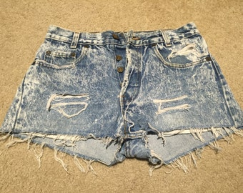 Vintage Acid Wash Levi's shorts