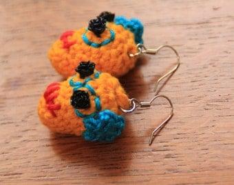 Earrings with yellow crochet skull Dias de los Muertos
