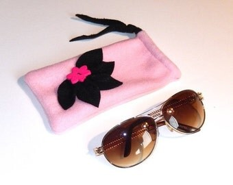 Pink and black hand sewn fleece material draw string sunglasses eyeglasses reading glasses pouch case