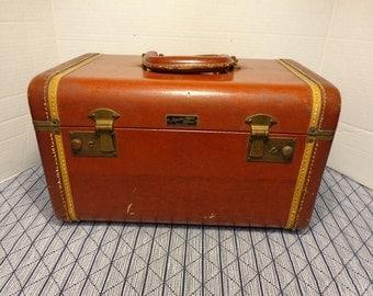 Jacqueline Cochran Luggage New York Antique Brown Leather Train Case, Cosmetic Case, Travel Makeup Case a Collectors Gem.