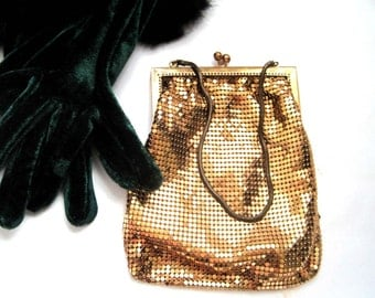 Gold Mesh Vintage Purse Whiting and Davis Style Hollywood Glam Regency, Kiss Clasp, Wedding Evening Bag