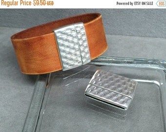 On Sale NOW 25%OFF Hammered Magnetic Clasp For Leather Cord 5-30mm  Antique Silver C976 Qty 1