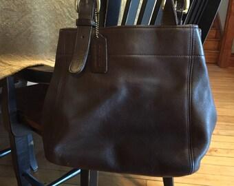 Coach , medium tote brown bag purse