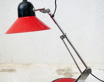 Red French vintage desk lamp