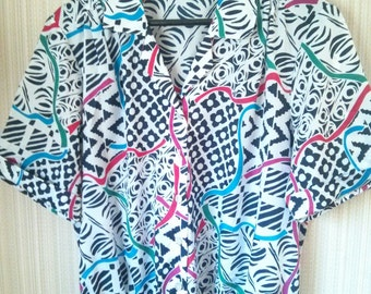 Vintage Colorful and Geometric Silk 70's Blouse