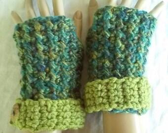 Crochet Fingerless Wrist Warmers-Forest Woolblend