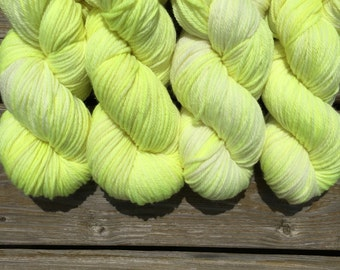 NEW* Worsted base (Regar): Firefly