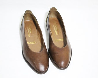 vintage chestnut brown leather flat shoes with suede embellishment , Size : EU 36 / US Women's 6 / UK Women's 3 1/2
