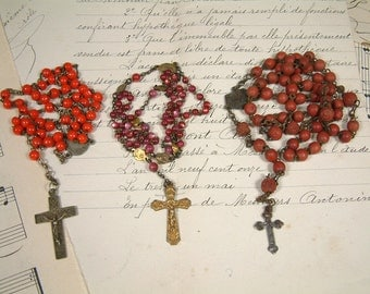 Set of 3 antique and vintage French red rosaries. Coral. Pink. Vintage glass and wood bead rosaries. Red rosaries. Lourdes rosary