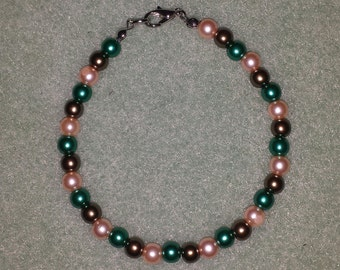 Colored pearl bracelet
