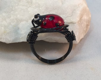 Red and Black Wire Wrapped Ladybug Ring| Ladybird Beetle Ring With Black Band| Ladybug Ring Jewelry| Nature Jewelry| Glass Insect Ring