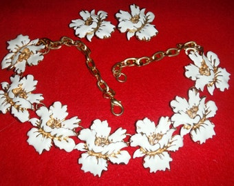 Beautiful REALM INC. set necklace and clip earrings,