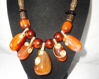 Gorgeous Pear Shaped Cabochon Sardonyx Necklace*******