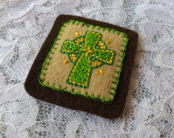 Immaculate Heart and Irish Cross - Hand Embroidered Brown Scapular