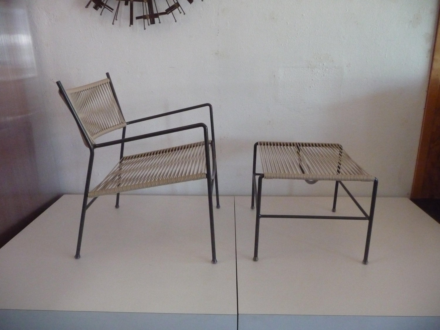 Outdoor patio chair and ottoman mid century modern patio for Modern patio chairs