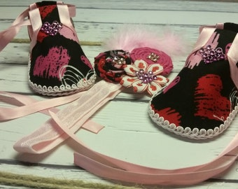Handmade Baby Girl Shoes and Headband - Red Pink Black and White Shoes and Headband for Baby Girl - Different and Unique Baby Shower Gift