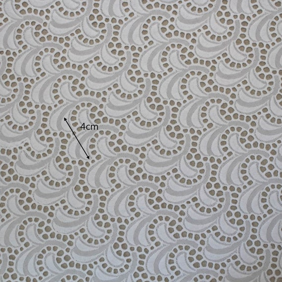 Broderie Anglaise Cotton Eyelet Lace Fabric 53134cmBy