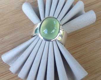Prehnite Ring with wide band