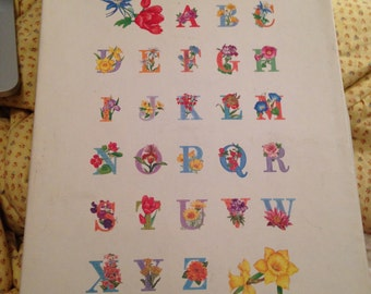 Vintage beautiful rare 'K' initial stationary with flowers, floral alphabet art/illustration box