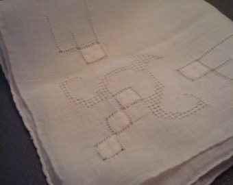 Vintage White Cut-Out Hanky - Great Vintage Condition!!