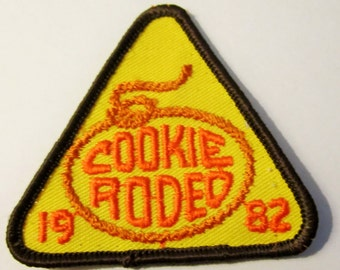 """Vintage Girl Scout Cookie Fun Patch """"Cookie Rodeo"""" circa 1982"""