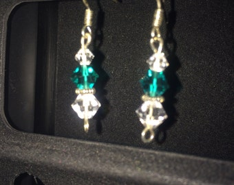 Sterling silver dangle earings with swarviski crystals