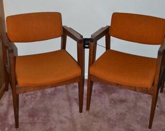 Pair of Mid Century Gunlocke Lounge Chairs