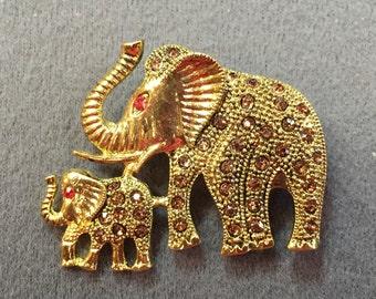 Rhinestone Elephant Brooch- Mother and Baby Elephants!  Free shipping
