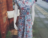 RARE Stunning patterned 1940's/50's volup dress