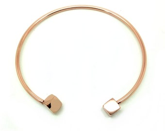 "Bangle bracelet ""square"" pink gold plated"