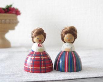Set of 2 Wood Dolls, Sweden Nordic Folk Art Dolls, Folk Costumes, Small Handmade Wooden Dolls, Scandinavia @127