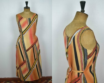 Vintage 90s orange long maxi dress with geometric patterns sleeveless with narrow waist